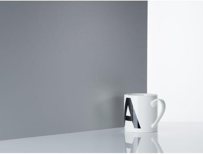 Plain Aluminium Sheet (reflection) - GA SA10 Natural Anodised